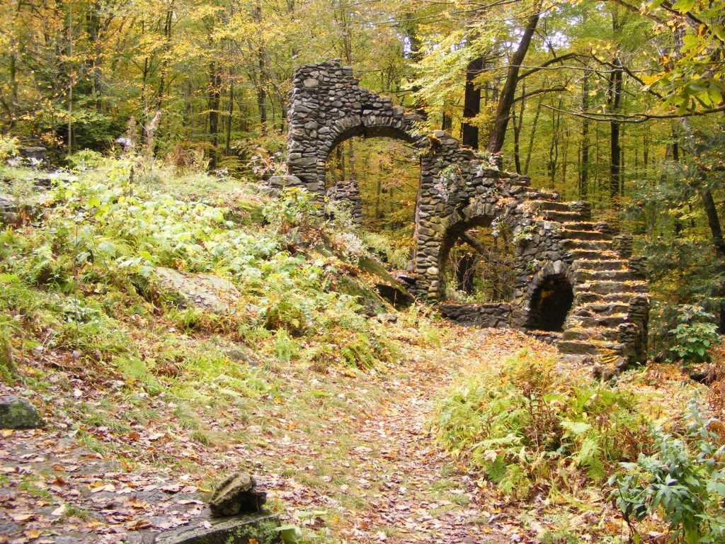 ruins of Madame Sherri Castle in Chesterfield, New Hampshire