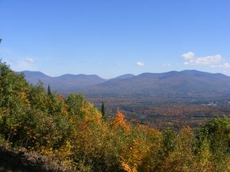 Part of the easterly view from the auto road: Pliny Range, from Mt. Cabot (L) to Mt. Starr King (R-foreground).