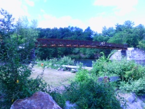 August 2015: new span will soon link the Goffstown and Piscataquog (Manchester NH) rail trails. Ellen Kolb photo.