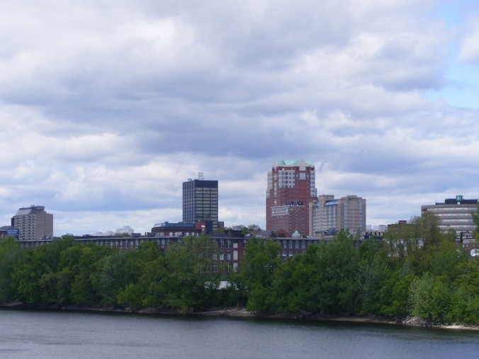 manchester-from-hands-across-the-merrimack